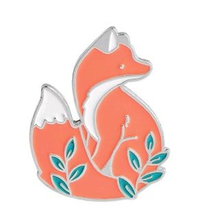 Jewelry - {5/$25} Adorable fox enamel pin!
